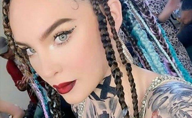 Belinda impacta con tatuajes en todo el cuerpo