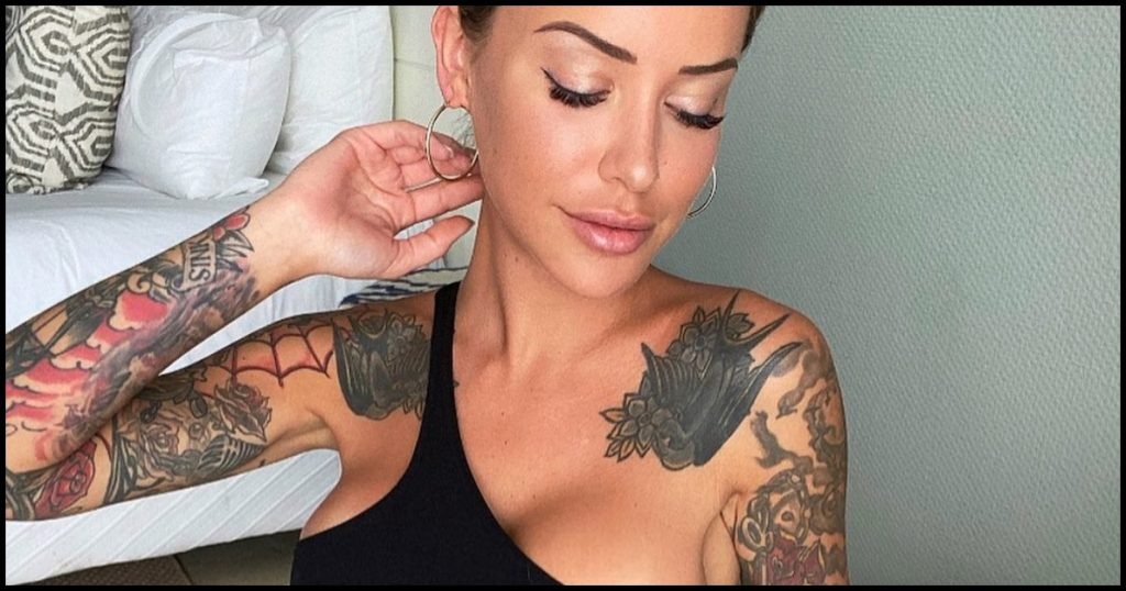 ¡Brutal! Laurence Bédard tiene un nuevo tatuaje ahí y quiere enseñártelo
